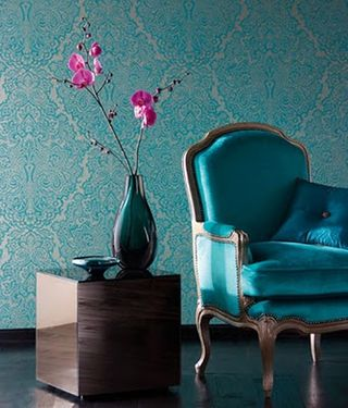 Bold+and+Beautiful+Blue+Wallpaper+from+Apartment+Therapy