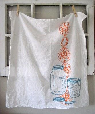 Hand+Painted+Mason+Jar+Towel+from+ohlittlerabbit